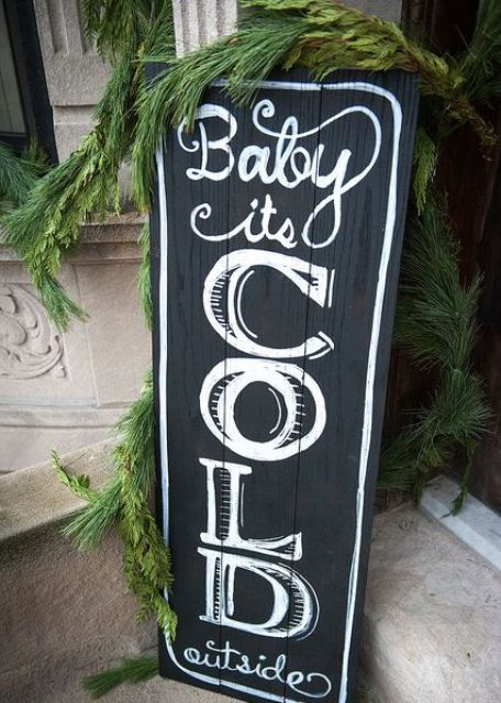 super-cute-christmas-signs-for-indoors-and-outdoors-12