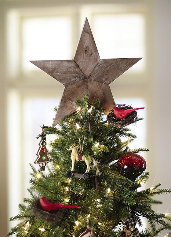 whimsy-and-creative-christmas-tree-toppers-3