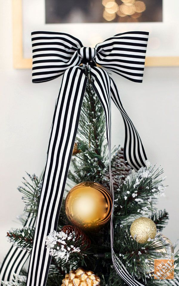 whimsy-and-creative-christmas-tree-toppers-8