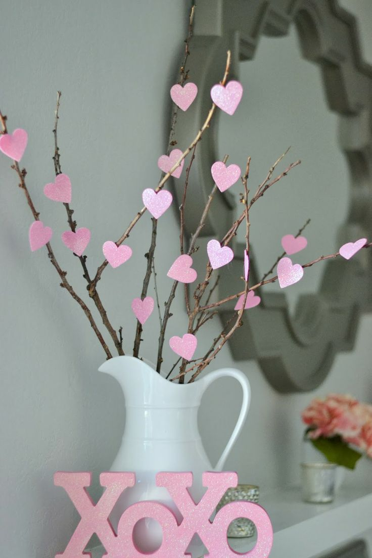 fun-pink-valentines-day-decor-ideas-1