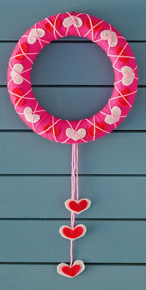 fun-pink-valentines-day-decor-ideas-17