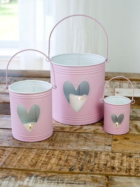 fun-pink-valentines-day-decor-ideas-18