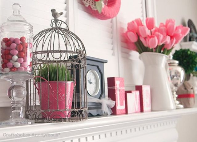 fun-pink-valentines-day-decor-ideas-21