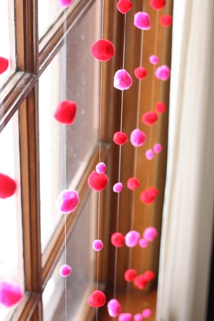 fun-pink-valentines-day-decor-ideas-6