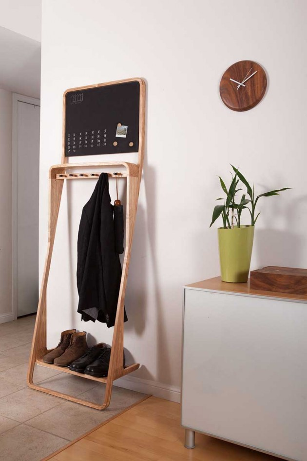 smart-and-stylish-leaning-loop-organizer-2