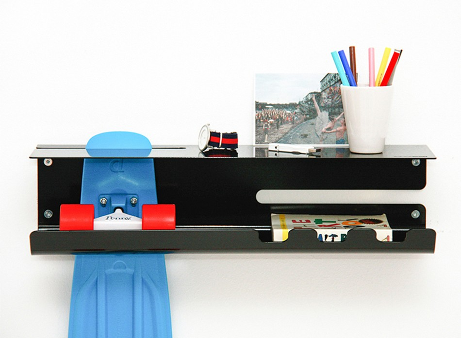 wall-ride-rack-for-displaying-your-skateboard-2