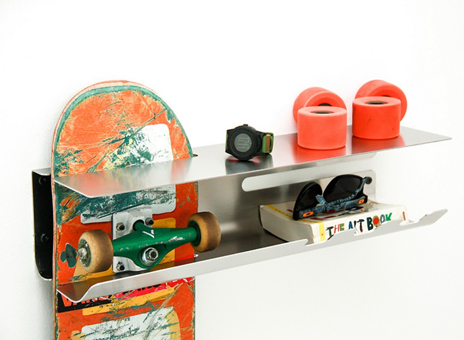 wall-ride-rack-for-displaying-your-skateboard-4
