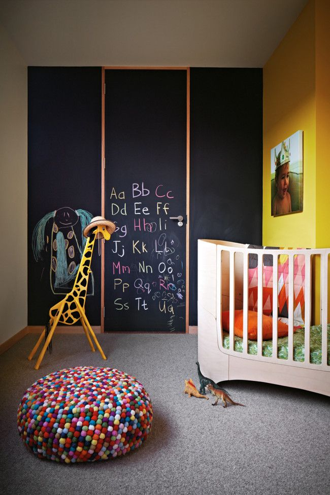 awesome-chalkboard-decor-ideas-for-kids-rooms-7