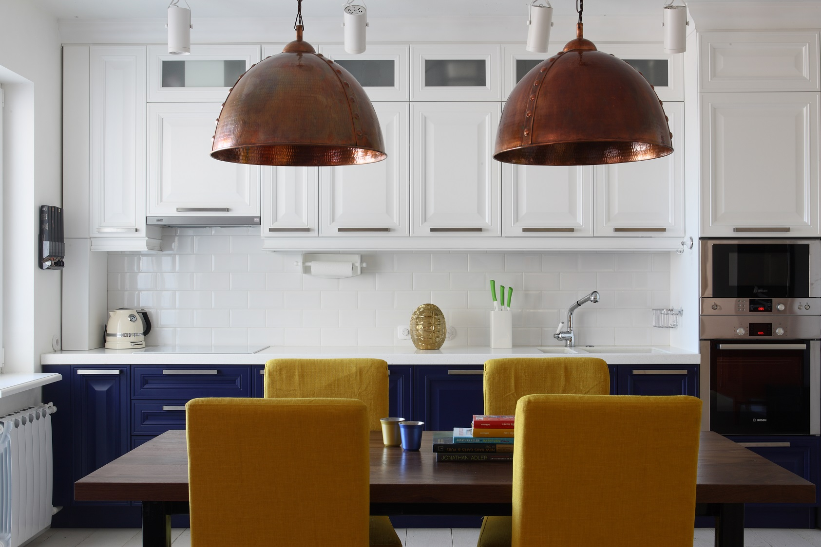 cheerful-and-colorful-apartment-for-the-newlyweds-5