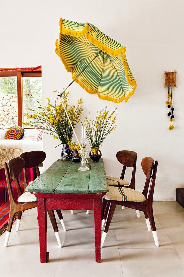 cheerful-rustic-ibiza-retreat-with-colorful-details-3