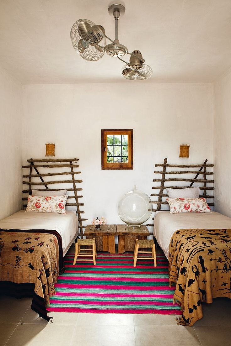 cheerful-rustic-ibiza-retreat-with-colorful-details-9