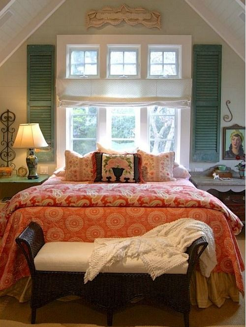 farmhouse-bedroom-design-ideas-that-inspire-11