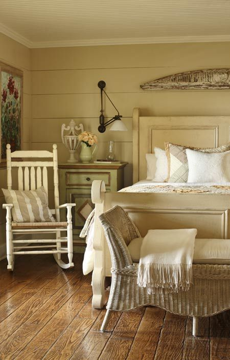 farmhouse-bedroom-design-ideas-that-inspire-14