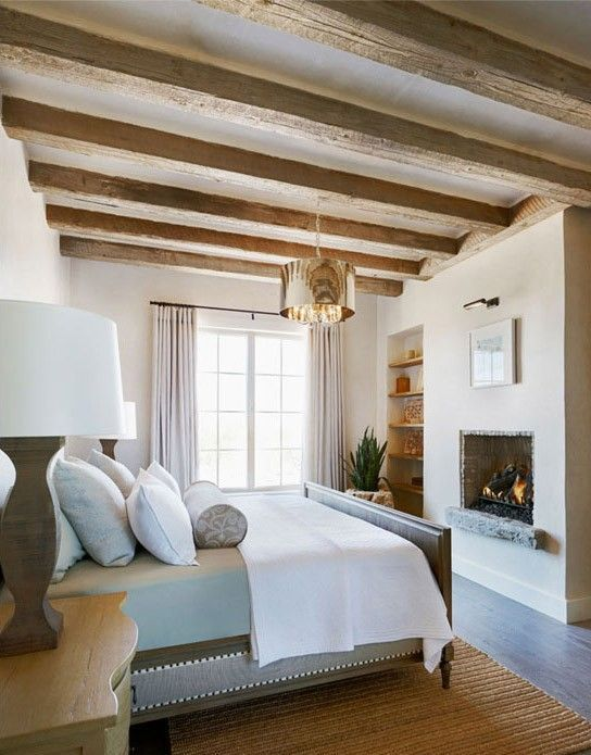 farmhouse-bedroom-design-ideas-that-inspire-34