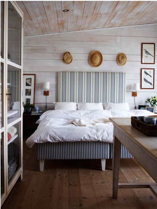 farmhouse-bedroom-design-ideas-that-inspire-35