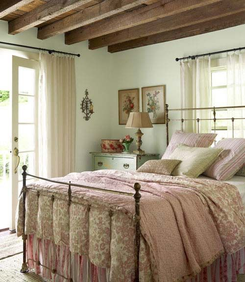 farmhouse-bedroom-design-ideas-that-inspire-5