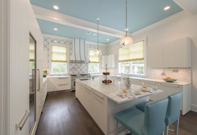 romantic-kitchen-design-with-turquoise-accents-2