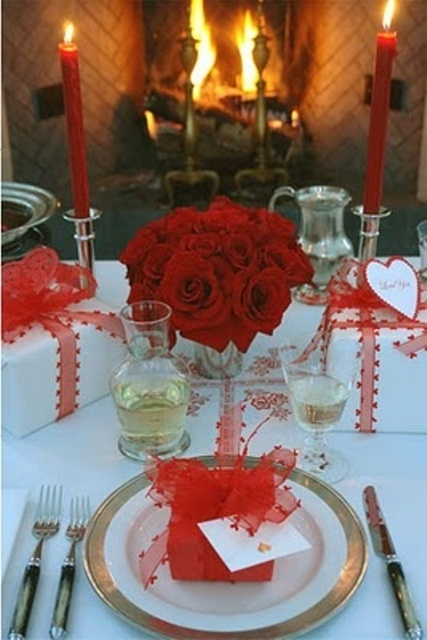 romantic-valentines-day-table-settings-11