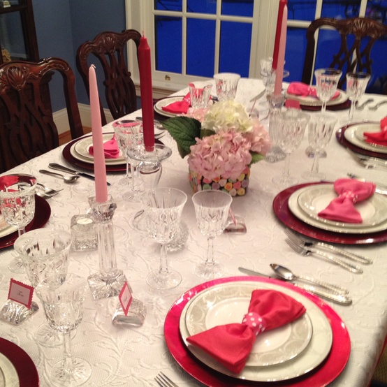romantic-valentines-day-table-settings-16