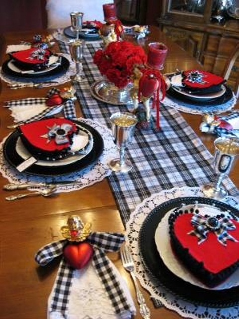 romantic-valentines-day-table-settings-22