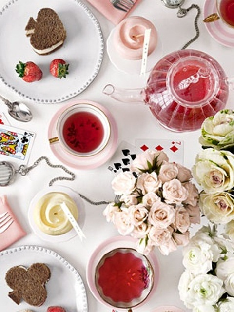 romantic-valentines-day-table-settings-31