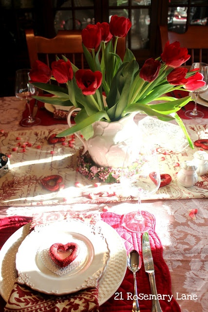 romantic-valentines-day-table-settings-32