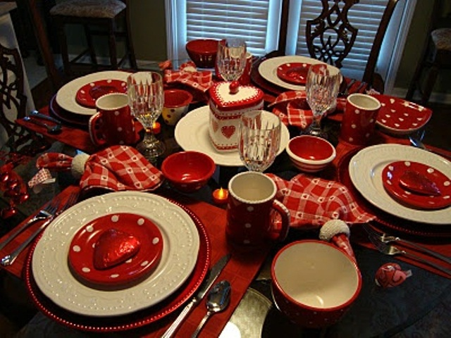 romantic-valentines-day-table-settings-33