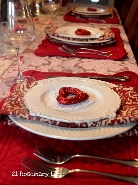romantic-valentines-day-table-settings-44