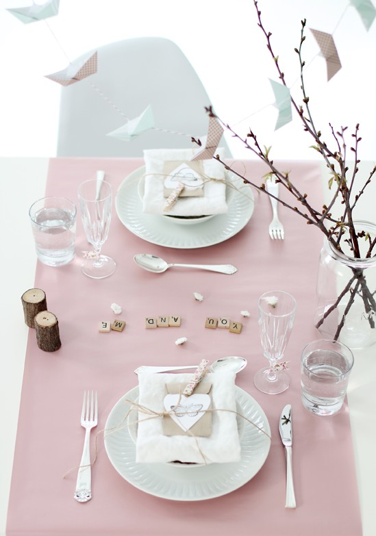 romantic-valentines-day-table-settings-5