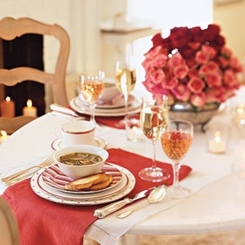 romantic-valentines-day-table-settings-54