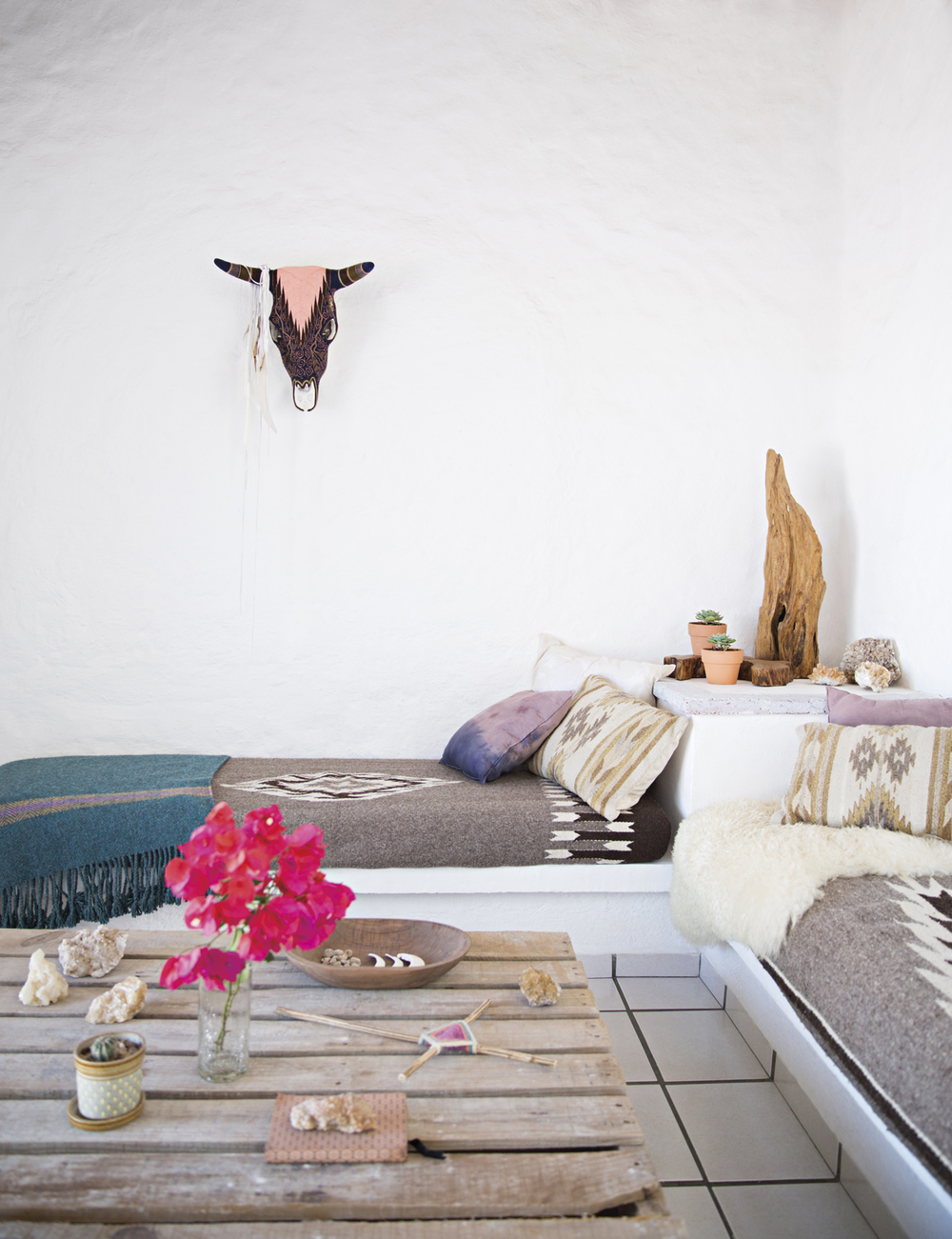 boho-chic-home-with-mexican-decor-touches-3
