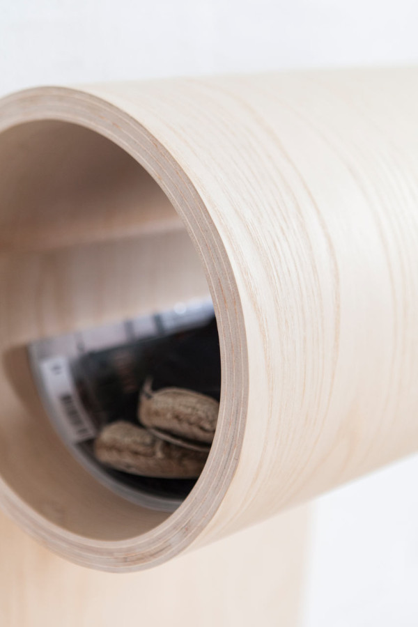 sma-ting-rolled-wooden-storage-for-small-spaces-2