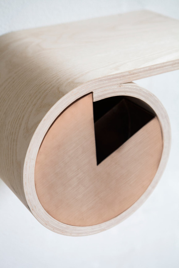 sma-ting-rolled-wooden-storage-for-small-spaces-5