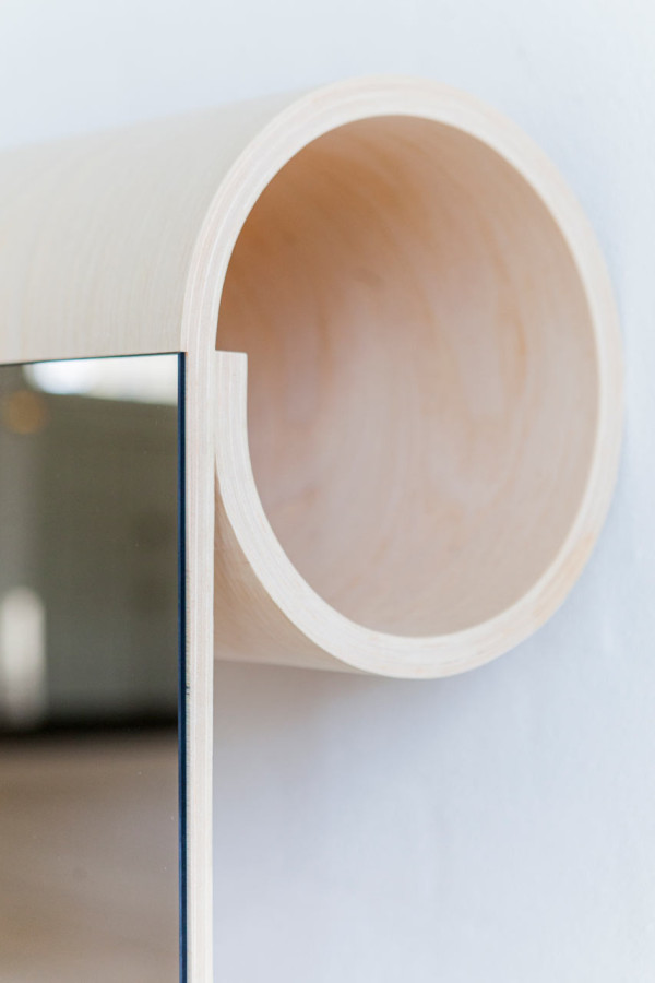 sma-ting-rolled-wooden-storage-for-small-spaces-7