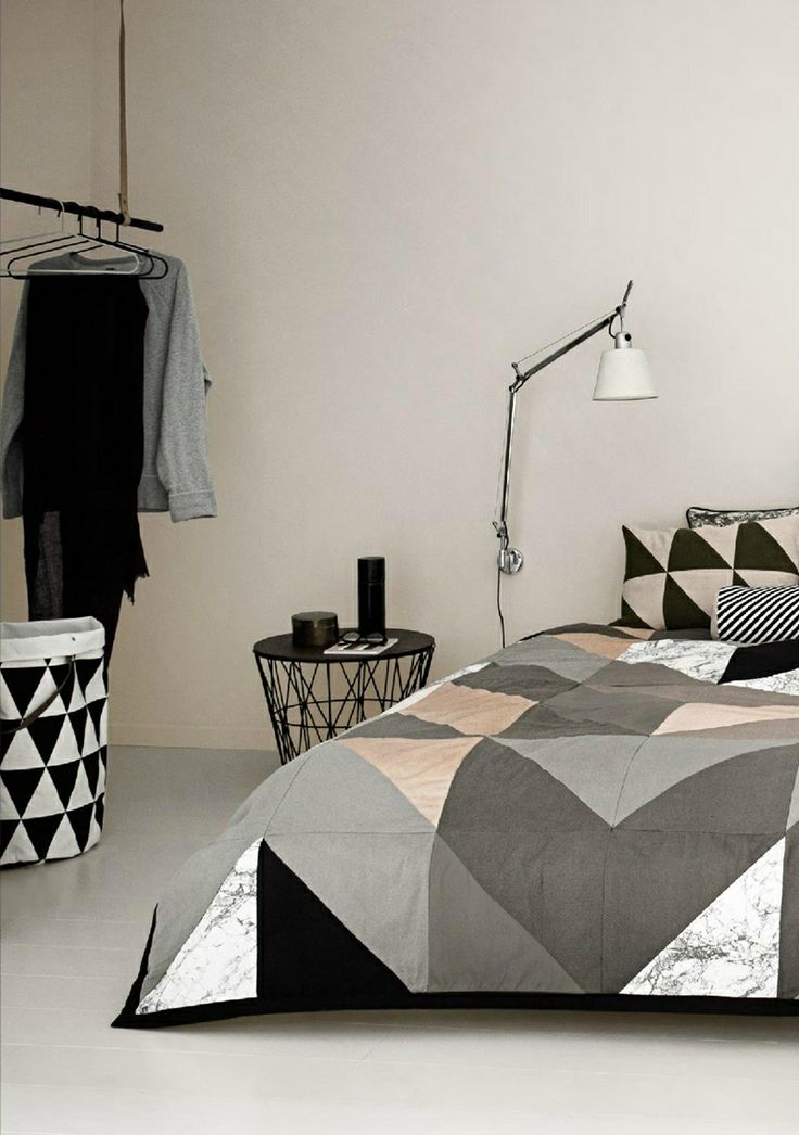 trendy-and-eye-catching-geometric-and-bedroom-decor-ideas-11