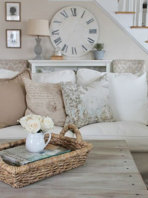 comfy-farmhouse-living-room-designs-to-steal-1