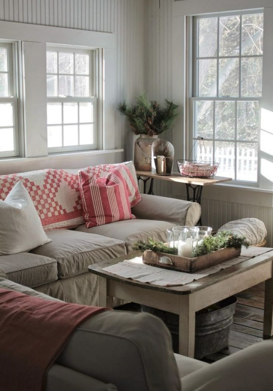 comfy-farmhouse-living-room-designs-to-steal-13-554x795