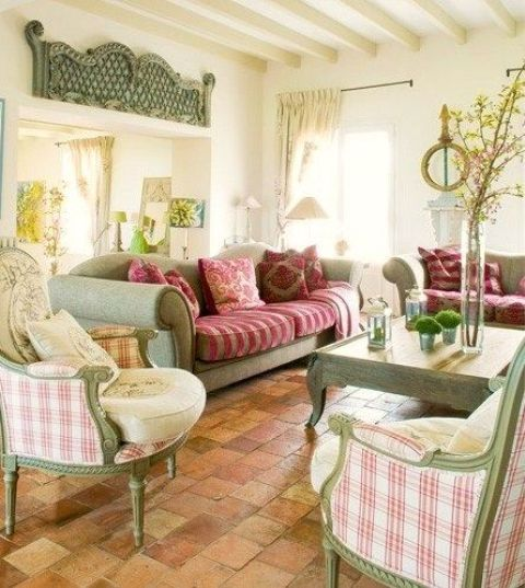 comfy-farmhouse-living-room-designs-to-steal-15