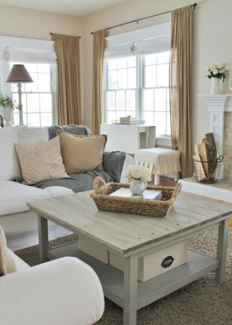 comfy-farmhouse-living-room-designs-to-steal-2