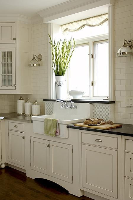cozy-and-chic-farmhouse-kitchen-decor-ideas-7