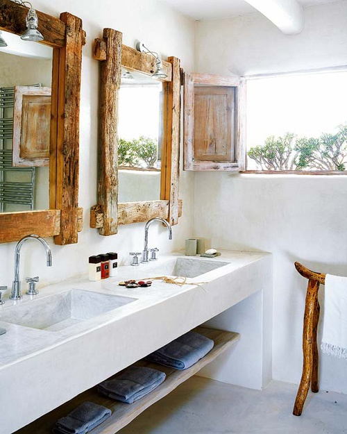 cozy-and-relaxing-farmhouse-bathroom-designs-27