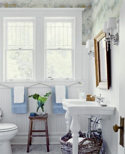 cozy-and-relaxing-farmhouse-bathroom-designs-33