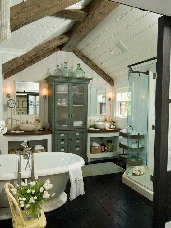 cozy-and-relaxing-farmhouse-bathroom-designs-5