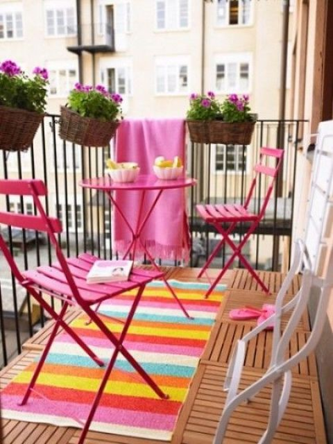 creative-yet-simple-summer-balcony-ideas-to-try-12