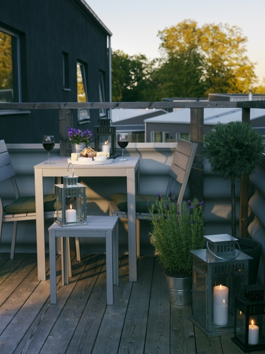 creative-yet-simple-summer-balcony-ideas-to-try-16