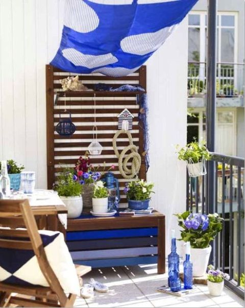 creative-yet-simple-summer-balcony-ideas-to-try-20
