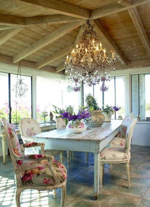 inspiring-and-cute-vintage-dining-rooms-and-zones-18