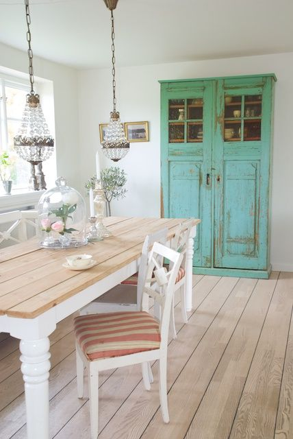inspiring-and-cute-vintage-dining-rooms-and-zones-26