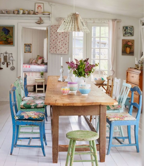 inspiring-and-cute-vintage-dining-rooms-and-zones-28-554x641