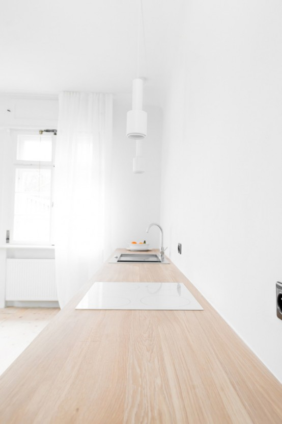 minimal-modern-home-with-clean-and-uncluttered-spaces-9-554x831